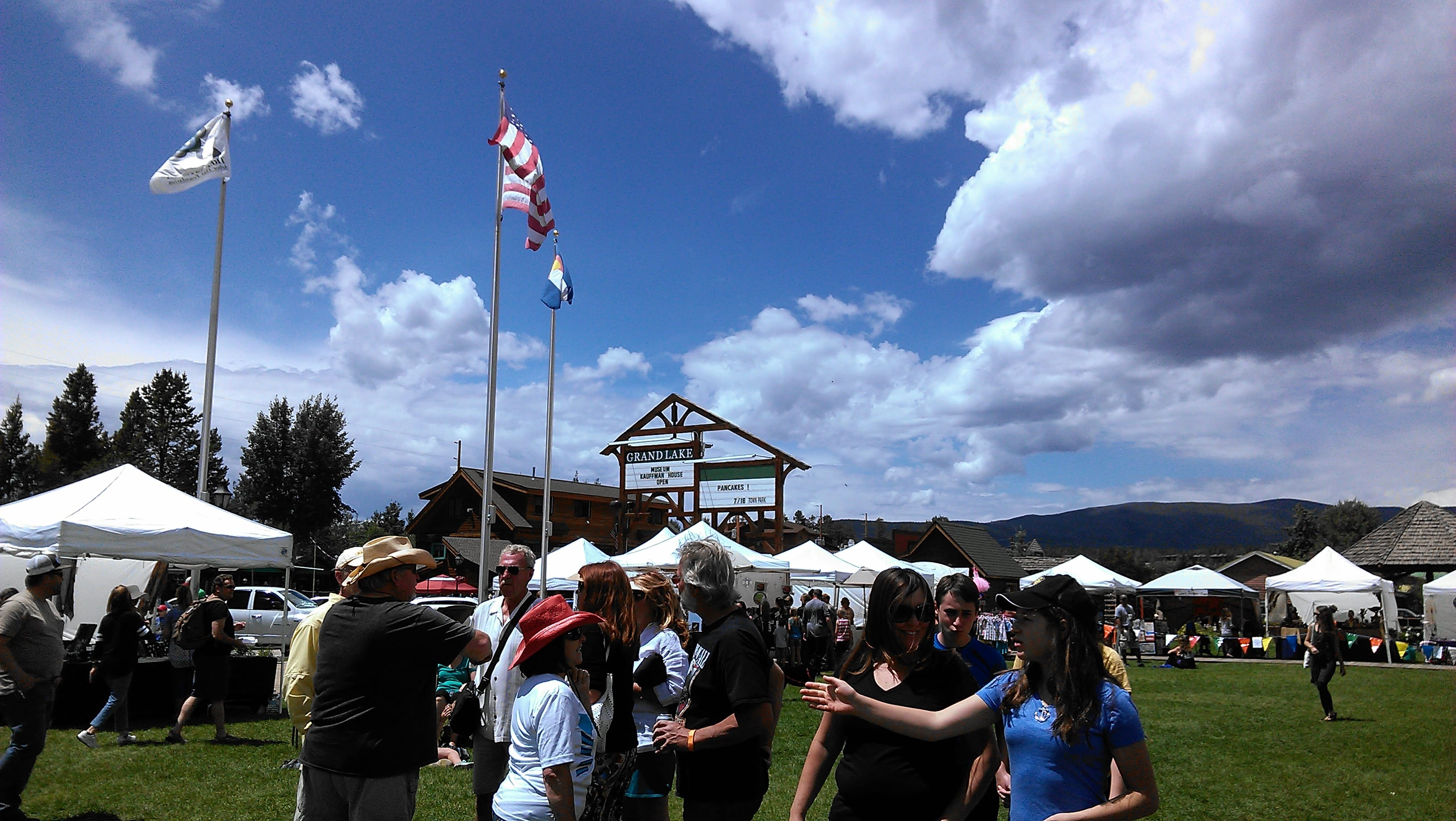 Western arts and crafts - Don T Miss The Opportunity To Shop For One Of A Kind Gifts Arts Crafts Festivals In Grand Lake Colorado