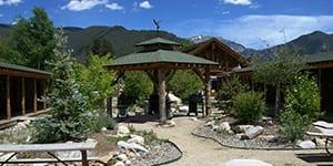 Grand Lake, Colorado Cabins. Western Riviera Courtyard Cabins