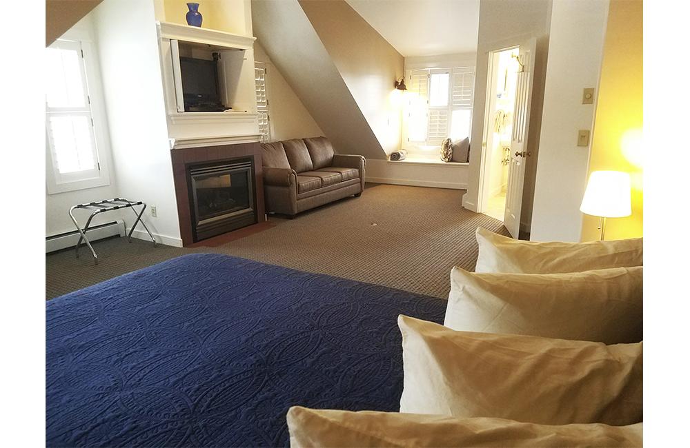 PenthouseBedroom31